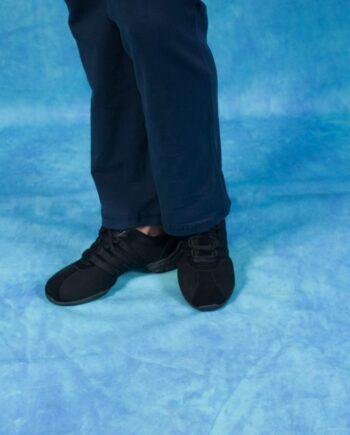Черные кроссовки для спортивных танцев
